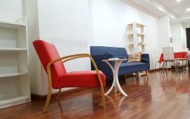 Cần cho thuê ngay căn hộ cao cấp Hà Thành Plaza. Diện tích 115 m2, 3 phòng ngủ đầy đủ nội thất, giá 12 triệu/tháng. LH: 01678 182 667