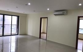 Cần cho thuê ngay căn hộ cao cấp Capital - 102 Trường Chinh. Diện tích 130 m2, 3 phòng ngủ nội thất nguyên bản, giá 11 triệu/tháng. LH: 01678 182 667