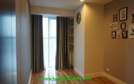 Cho thuê căn hộ 2 phòng ngủ, đầy đủ đồ, Hai Bà Trưng, 0983739032