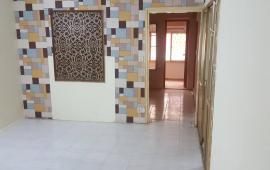 Cho thuê căn hộ tập thể tầng 5 số 1 Trần Thánh Tông 56m2, 2PN, 4.5 triệu/tháng