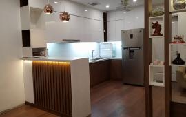 Cho thuê căn hộ chung cư Golden Place Lê Văn Lương, 128m2 đủ đồ, giá 18 tr/th. LH: 0963 650 625