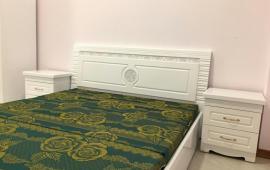 Cho thuê căn hộ chung cư E3 Yên Hòa, Cầu giấy - 70m2 -Đủ Đồ-9 triệu LH 016 3339 8686