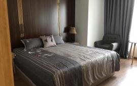 """""""Cho thuê căn hộ chung cư B4 Kim Liên, 155m2, 4 phòng ngủ, đồ cơ bản, 16 triệu/ tháng."""