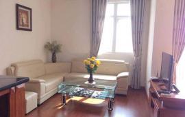 Chính chủ cho thuê chung cư Golden Land, 98m2, 2 phòng ngủ, đủ đồ, giá 12 tr/th. LH: 0936388680