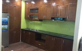 Cho thuê căn hộ Golden Land 3 phòng ngủ, đồ cơ bản, 15 triệu/th. LH: 0979.532.899