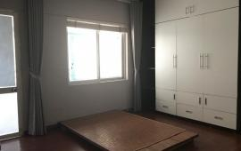 Cho thuê căn hộ chung cư 183 Nguyễn Lương Bằng, 81m2 2 phòng ngủ, không kèm nội thất, 10tr/th. 0974388360