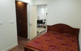 Cho thuê căn hộ Eurowindow, DT 111m2, 2 phòng ngủ, đủ đồ, giá 15 tr/tháng. LH 0911.543.899