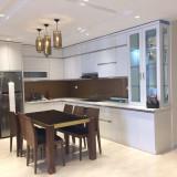 Cần cho thuê gấp căn hộ 101 Láng Hạ-145m2, 3PN đồ cơ bản giá 12 triệu/tháng.