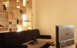 Cho thuê căn hộ chung cư Kinh Đô 93 Lò Đúc, DT 125 m2, gồm 3 phòng ngủ, giá 18 triệu/tháng