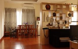 Cho thuê căn hộ chung cư 93 Lò Đúc tòa Kinh Đô, 3 phòng ngủ, đồ cơ bản, 12 tr/th