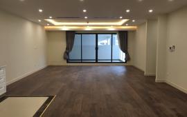 Cho thuê căn hộ chung cư tại Five Star Kim Giang 82m 2 ngủ đồ cơ bản giá 8,5tr, lh 012 999 067 62