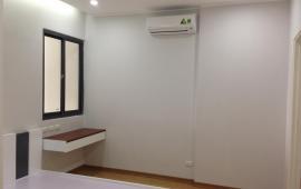 Căn hộ cao cấp Trung Yên Plaza, 2 PN nội thất cơ bản, giá 12 triệu/tháng. LH: 01678 182 667