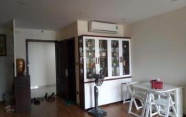 Cho thuê chung cư Central Fiel 219 Trung Kính 2 PN, vừa trang bị xong nội thất 15 tr/th. 0939993183