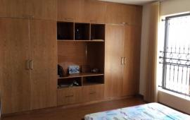Chính chủ cho thuê căn hộ chung cư M5 Nguyễn Chí Thanh 135m2, 3PN, đầy đủ đồ, 15 triệu/tháng
