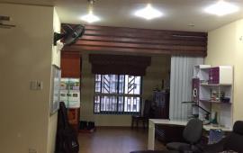 """""""Chung cư 170 Đê La Thành, diện tích 120m2, 2 phòng ngủ, đủ đồ hiện đại, giá 13 triệu/ tháng."""