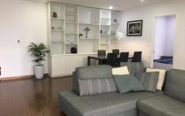 Cho thuê CHCC Golden Land 135 m2, 3 phòng ngủ, đủ đồ, giá 15 triệu/tháng