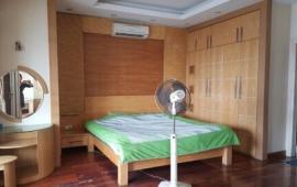 Chính chủ cần cho thuê căn hộ 57 Láng Hạ, DT: 197m2, 4 ngủ, full đồ, giá 18 tr/th, 0982100832