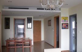 Cho thuê CHCC Ciputra Tây Hồ, DT 184m2, 4PN sáng, nội thất xịn (ảnh thật), căn góc