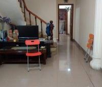 Cho thuê nhà riêng 3,5 tầng x38m2 An Dương Vương, Tây Hồ
