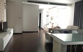 Chính chủ cho thuê căn hộ cao cấp full nội thất tại tòa nhà mặt phố Tuệ Tĩnh, giá 31.5 triệu/tháng