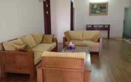 Chính chủ cho thuê căn hộ tại 12 Đào Tấn, cạnh Lotte 70m2, 2 ngủ đủ đồ giá 7 triệu/tháng.