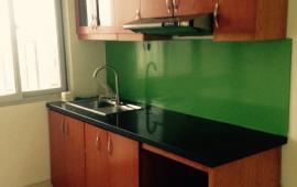 Cho thuê căn hộ chung cư E3A Vũ Phạm Hàm, 2 phòng ngủ đồ cơ bản 8 tr/th