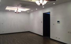 Cần cho thuê căn hộ tại tòa Mulberry, 137m2, 3PN, cơ bản, giá 11tr/th, LH 0912.609.747