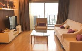 Cho thuê gấp căn hộ D2 Giảng Võ, dt 130m2, 3 phòng ngủ, full đồ giá 17tr/th. LH 0914.142.792