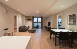 Cho thuê căn hộ cao cấp tại chung cư 15&17  Ngọc Khánh, Ba Đình 146m2, 3PN view hồ giá 17triệu/tháng.