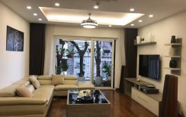 Cho thuê căn hộ chung cư Hòa Bình Green, Ba Đình, căn góc view hồ Tây
