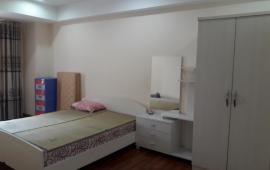 Cho thuê căn hộ chung cư 165 Thái Hà, 2 phòng ngủ full đồ 10 tr/tháng vào ở ngay LH: 0915.651.569