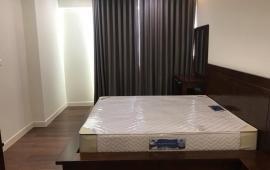 Căn hộ 4 phòng ngủ, đủ đồ, ở Star Tower cho thuê. LH: 0963 650 625 - 0941 616 556
