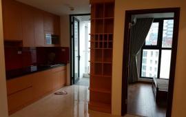 Cho thuê căn 2 phòng ngủ diện tích 72m2 tòa Hòa Bình Green city nhà mới nhận, nội thất đầy đủ chủ đầu tư, giá: 10triệu/th LH Em Cường :0902.999.118.