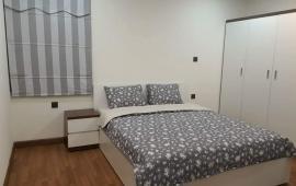 Cho thuê căn 3 phòng ngủ diện tích 126m2 tòa Hòa Bình Green city nhà mới nhận, nội thất đầy đủ chủ đầu tư, giá: 14triệu/th LH Em Cường :0902.999.118.