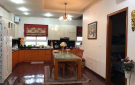 Cho thuê căn hộ chung cư Vimeco II, 145m2, đủ đồ, giá 20 tr/tháng vào luôn