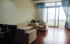 Cho thuê chung cư 165 Thái Hà, 10 triệu/tháng, căn góc 124m2