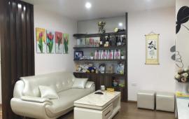 Giá Rẻ Cho thuê chung cư Saphire Place, nhà đẹp đủ đồ đạc 83m2, 2 Ngủ, 2 Wc, Giá: 10 Triệu LH:016 3339 8686