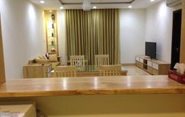 Chính chủ cho thuê căn hộ chung cư Royal City, 2PN, đủ đồ, giá 16tr/th. LH: 0932252393