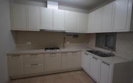Cho thuê căn hộ Imperia Garden tầng 16, 79m2, 2PN, sàn gỗ, tủ bếp, điều hòa 11tr/th, LH 0932252393