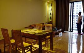Cho thuê căn hộ chung cư Royal City tòa R2 3 ngủ đủ nội thất đẹp (sang trọng lịch lãm ảnh thật)