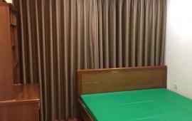 Cho thuê căn hộ chung cư 165 Thái Hà, 3 phòng ngủ, đủ đồ, 13 triệu/tháng. LH 0917 973 192