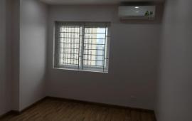Cho thuê căn hộ chung cư Ecogreen 286 nguyễn xiển 2 ngủ đồ cơ bản giá 7,5tr vào luôn