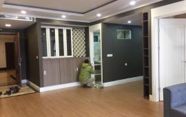 Cần cho thuê căn hộ tại Platinum Residences số 6 Nguyễn Công Hoan dt: 118m2, 3 ngủ  đủ đồ 20 tr 0982100832