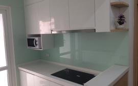 Cho thuê căn hộ cao cấp tại chung cư D2- Giảng Võ, Ba Đình 70m2, 2PN giá 16triệu/tháng.