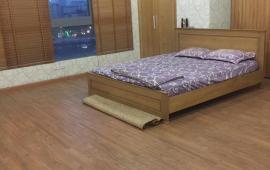 Cho thuê căn hộ chung cư 671 Hoàng Hoa Thám- Ba Đình- Hà Nội, 180 m2, 3n, 15 triệu. 0981 261526.