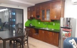 Cần cho thuê căn hộ 219 Trung Kính, 2 PN, đồ cơ bản, cho thuê 13 triệu/tháng vào ngay