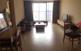 Cho thuê căn hộ chung cư tòa 173 Xuân Thủy, 2 phòng ngủ, đủ đồ LH: 0915651569-0911400844