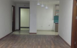 Cho thuê căn hộ Goldmark City 3 phòng ngủ, căn góc, đồ cơ bản, giá 12 triệu, Lh: 0963212876.