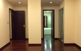 Cho thuê căn hộ chung cư R5 - Royal city, 132m, 3 ngủ, căn góc, view quảng trường, giá rẻ