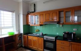 Cho thuê gấp căn hộ chung cư CT1 Trung Văn, diện tích 106m2, 3 phòng ngủ, đủ đồ, giá 10 tr/th